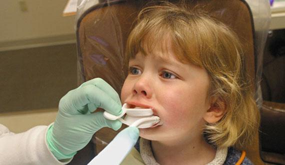 Детское протезирование зубов